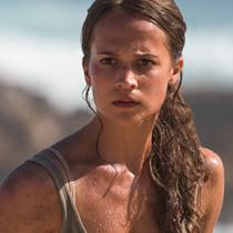 Алисия Викандер в роли Лары Крофт на новом постере экранизации Tomb Raider
