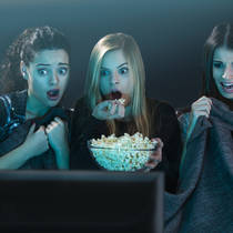 Почему стоит смотреть страшные фильмы?